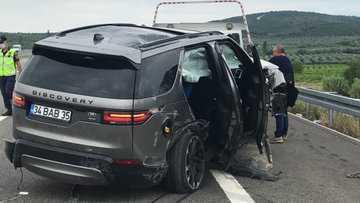 Şarkıcı Alişan kaza yaptı